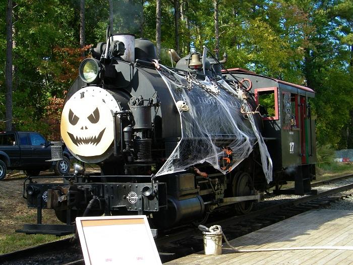 halloween express - Halloween Express Raleigh